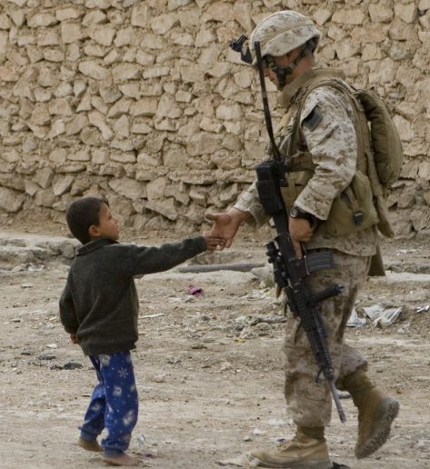 kid and Marine in Anbar
