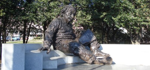 Albert Einstein statue at National Academy of Sciences in Washington DC, January 7, 2009