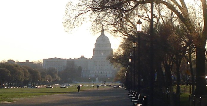 US captiol at 8 am on March 23, 2009