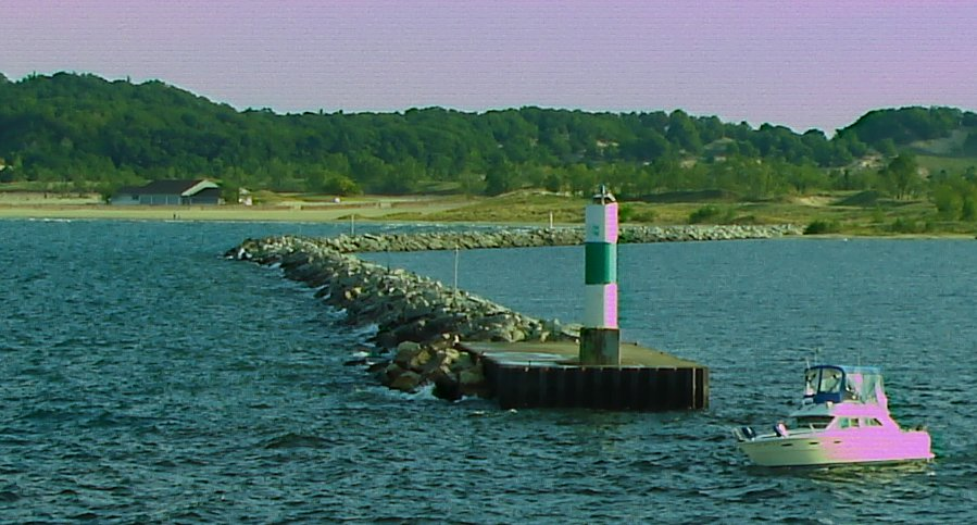 Muskegon breakwall
