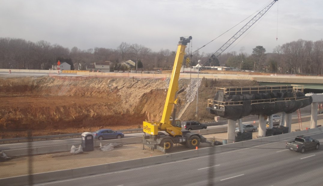http://johnsonmatel.com/2010/January/Hotlanes/Hot_lane_Construction_on_the_Beltway1.jpg