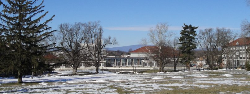 http://johnsonmatel.com/2010/January/JMU/Vista_at_JMU_on_Jan_10_2010.jpg