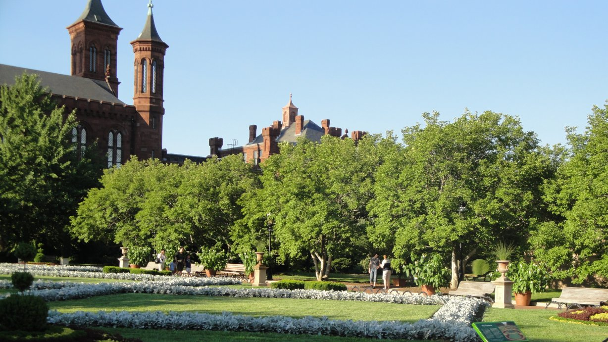 Smithsonian castle around 6 pm on June 30, 2010