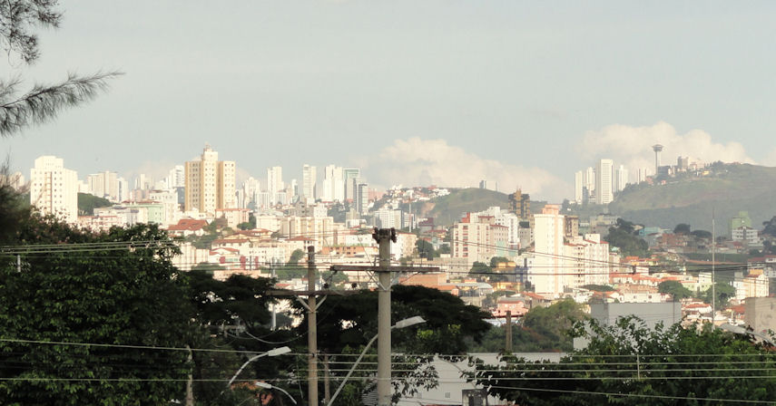 Belo at a distance